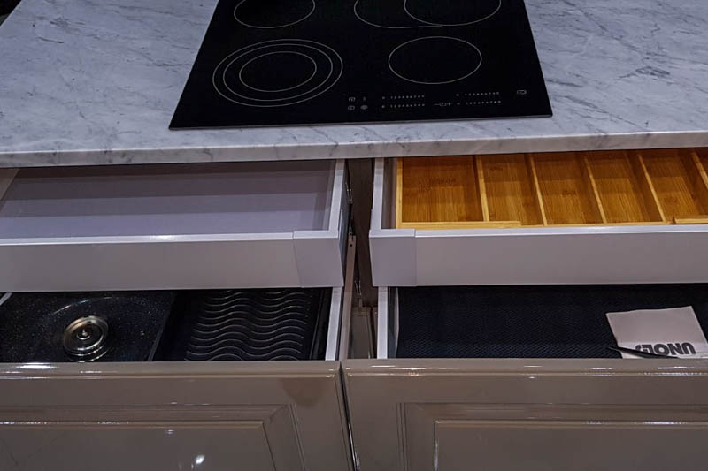212 Kuhinja od mermera Carrara