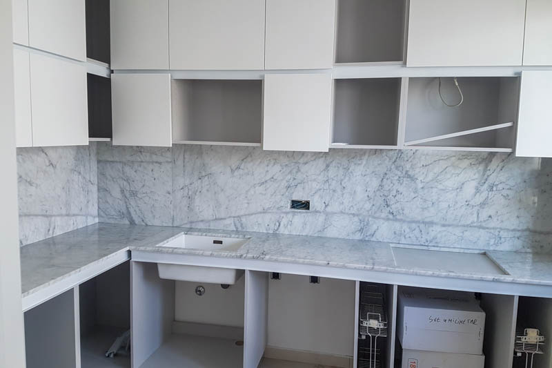 221 Kuhinja od mermera Carrara