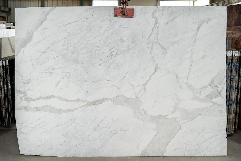 Bianco-Venato---de47c2ead2113ebaded2fe7d936d448261ff3b67