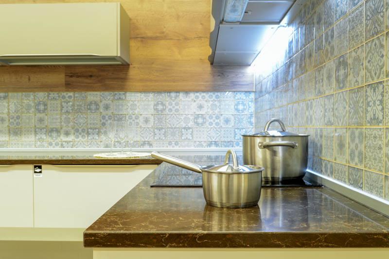 Kuhinja od kvarca athos brown (4)