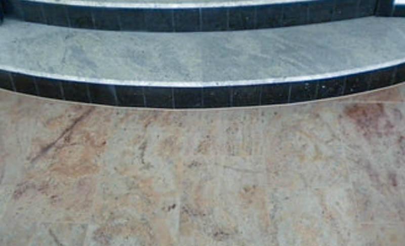 Pod-od-granita