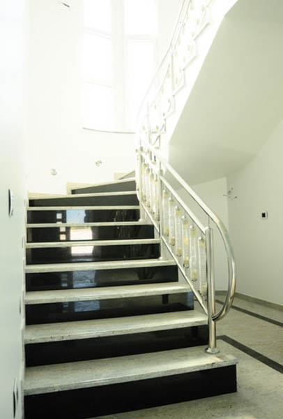granitne-stepenice-kamenorezacka-radnja-anastasijevic-(3)