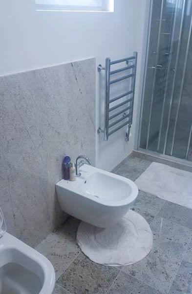 kupatilo-od-granita-new-kashmire-kamenorezacka-radnja-anastasijevic