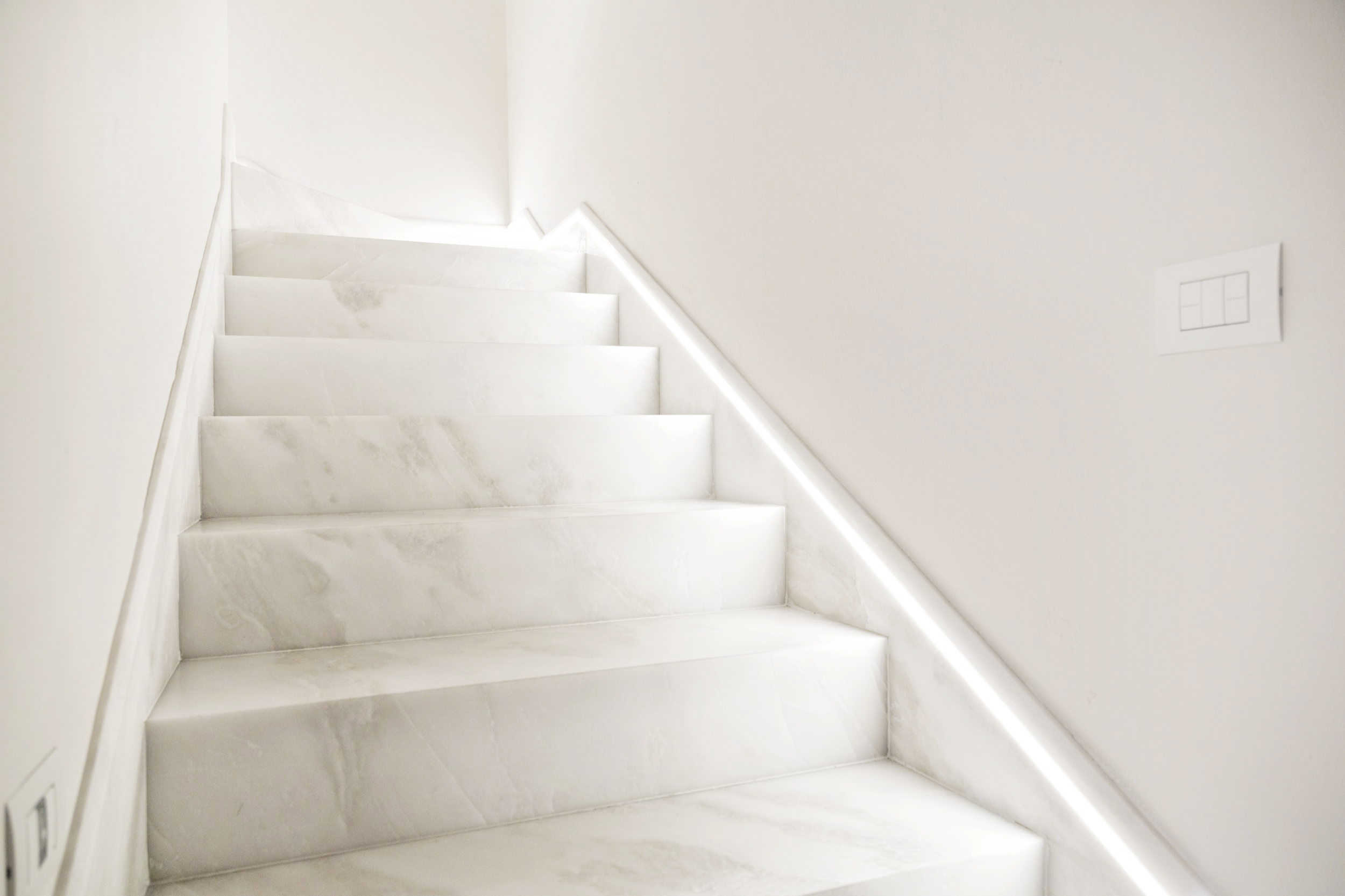 marble-stairs-suggestions-for-elegant-houses